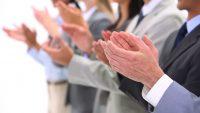 Waarom ambtenaren applaus verdienen